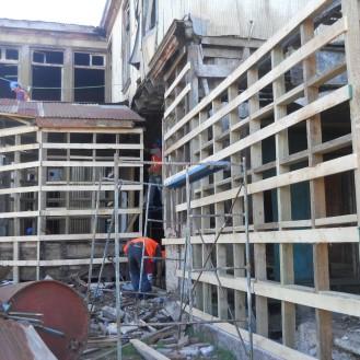 ejecución de tabiquerias en fachadas posteriores