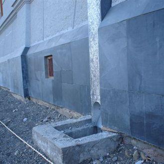 Detalle de protección de piedra
